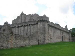 craigmillar-castle-1